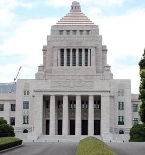 日本に徴兵制が復活する可能性は?