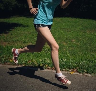 ランニング 膝痛