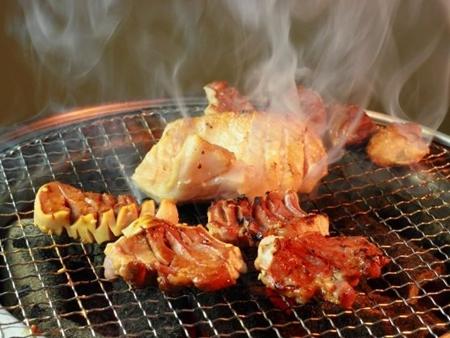 肉を生で食べるのって全部危険なの?