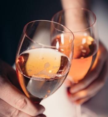 アルコールアレルギーの症状とは?治すにはどうすればいい?