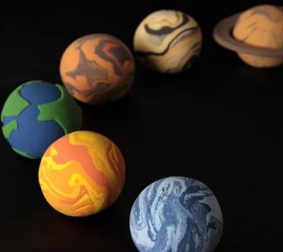 恒星と惑星の違い!太陽や地球、月はどっち?